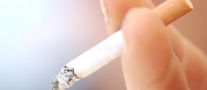 Cigarette électronique et tabagisme passif: danger?